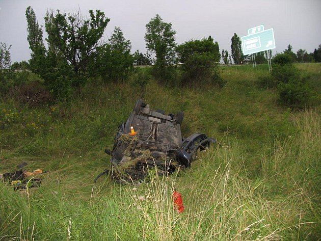 Nehoda u Vranovic-Kelčic si vyžádala dva mladé životy