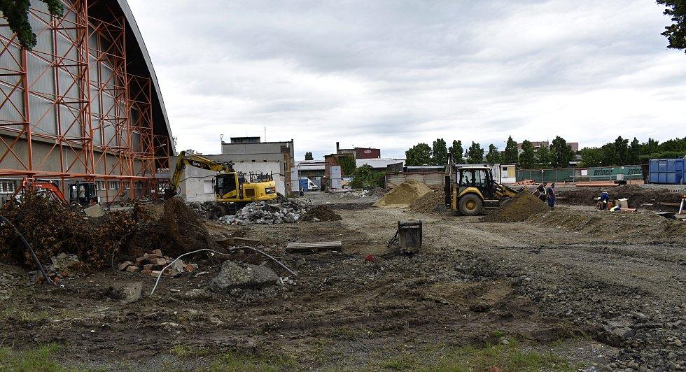 Výstavba hokejových šaten za zimním stadionem v Prostějově. 22.6. 2020