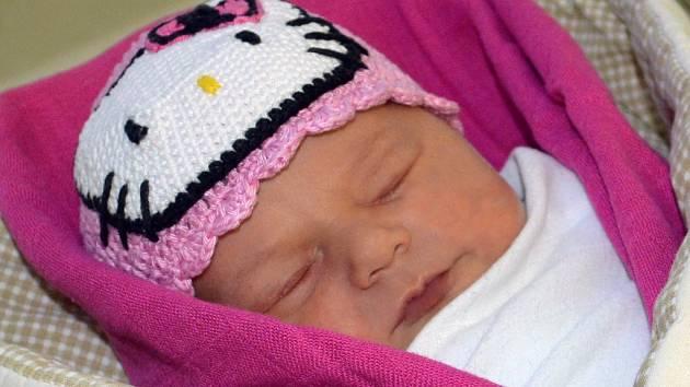 Terezie Vysloužilová, Určice, narozena 17. února, 53 cm, 3800 g