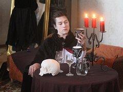 Na Plumlovském zámku si po děti i dospělé připravili čarodějné prohlídky. A v hlavní roli? Přece Saxana.