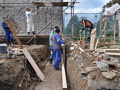 Stavba nového multifunkčního centra v Čechách pod Kosířem je v plném proudu