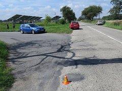 Dvě auta se srazila u Mostkovic na Prostějovsku