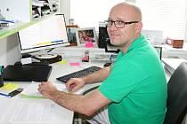 Policejní lékař Pavel Svoboda zachránil život policistovi po očkování proti spalničkám.