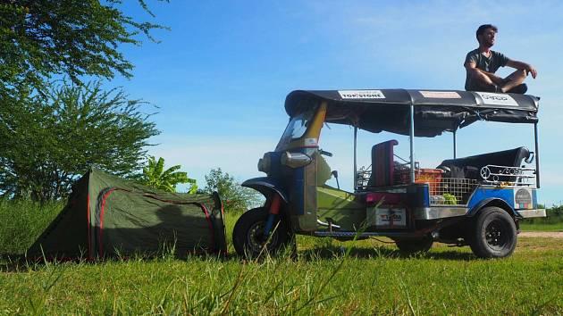 Tuktukem přes půl světa až na Moravu