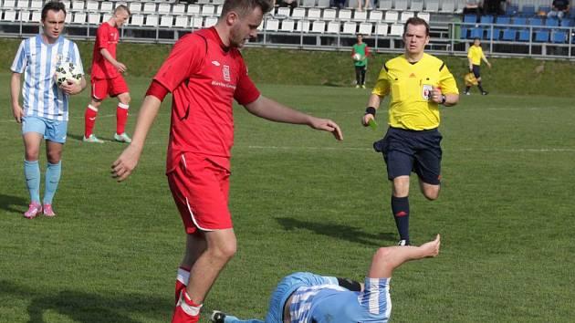 1. SK Prostějov (v modrobílé) proti Hulínu