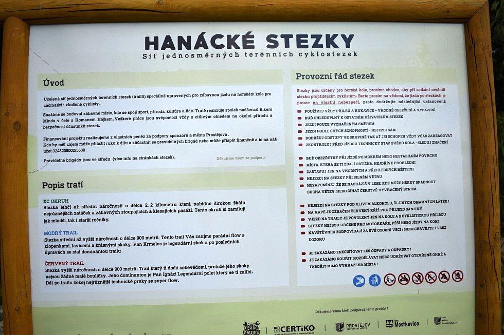 Hanácké stezky - biketrialový areál na Záhoří nedaleko plumlovské přehrady. Červenec 2021