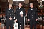 Nejlepší policisté z Prostějovska byli oceněni na radnici.