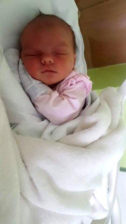 Boženka Běhalová, Přerov, narozena 30. dubna 2021 v Přerově, míra 50 cm, váha 3200 g
