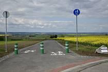 Nová cyklostezka propojila Klenovice s Čelčicemi.