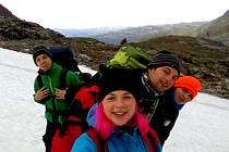 Čtveřice mladých Čechů procestovala Norsko stopem.