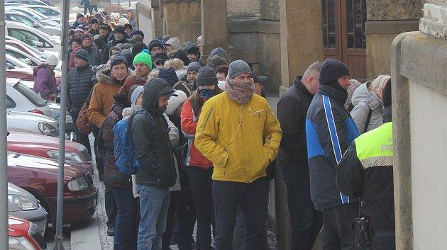 Předprodej vstupenek na koncert písničkáře Nohavici byl zahájen ve čtvrtek 1. března.