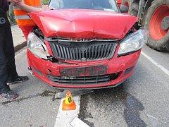 Srážka tří aut v centru Prostějova