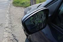 Následky nehody v Průmyslové ulici v Prostějově