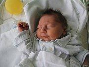 Tomáš Silný, Ptení, narozen 18. května v Prostějově, míra 48 cm, váha 3050 g