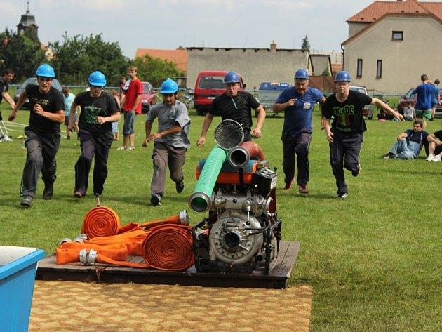 Sbor dobrovolných hasičů soutěžil O pohár starosty obce Doloplazy.