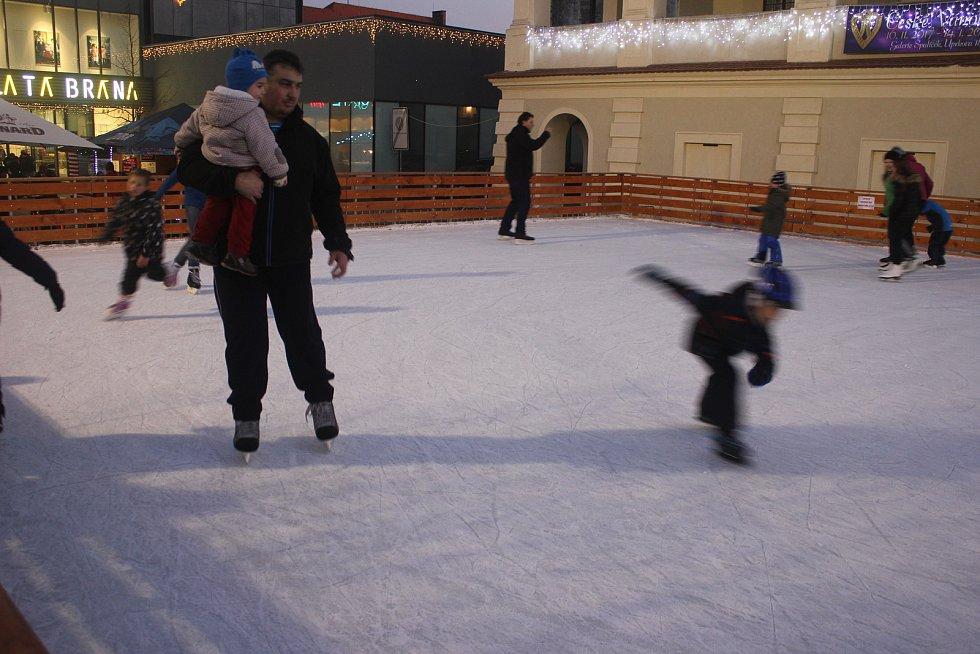 Diskotéka na ledě