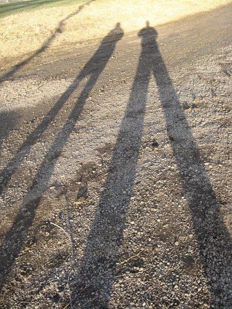 LOVCI FOTEK: Dlouhé stíny