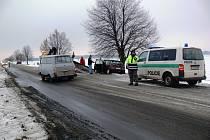 Nehoda čtyř aut na hlavním tahu mezi Prostějovem a Kostelcem na Hané.