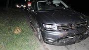 Havárie osmnáctiletého řidiče tiguanu u Plumlova