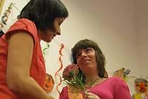 Petra Tichá s učitelkou Soňou Skopalovou