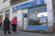 Havarjní stav objektu bývalé Dony ve Svatoplukově ulici
