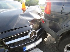 Nedaleko Prostějova ve středu policisté na dálnici šetřili hned dvě havárie.