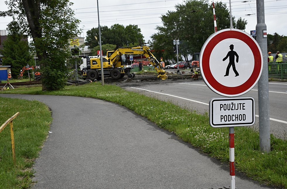 Rekonstrukce železničního přejezdu ve Vrahovické ulici  - 8. 6. 2020
