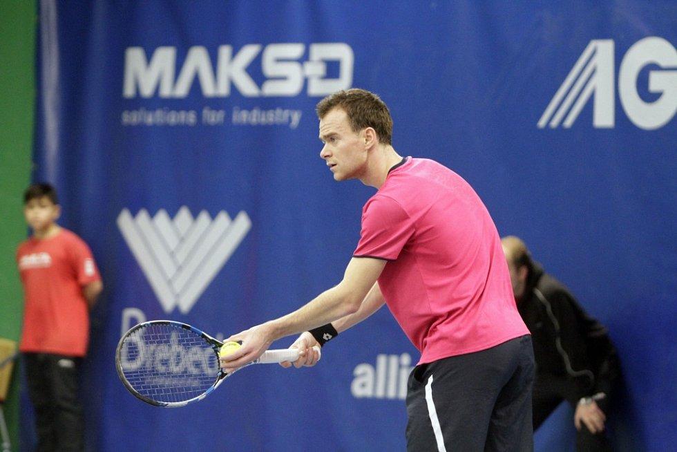 Tenisový tým TK Agrofert Prostějov porazil ve finále extraligy I.ČLTK Praha 6:0. Jiří Šátral
