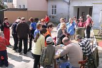 Více než sto padeát lidí vystoupilo v sobotu odpoledne na Obrovu nohu u Otaslavic