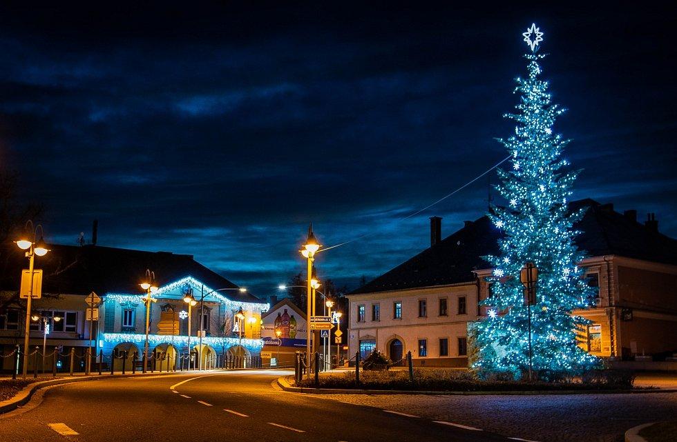 Vánoční strom 2020 v Moravském Berouně