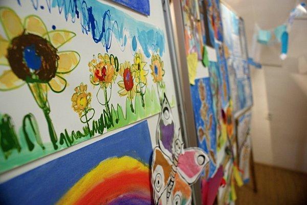 Výstava kreseb dětí zplumlovských mateřinek