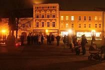 Připomínka výročí 17. listopadu 1989 na prostějovském náměstí TGM. Ilustrační foto