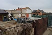 Místa postižená zářijovým výbuchem v Mostkovicích se probouzejí k životu