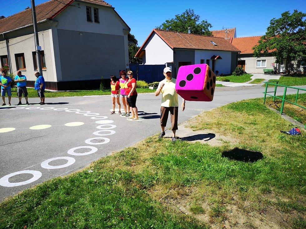 Ve Ptení proběhl turnaj v maxi Člověče, nezlob se