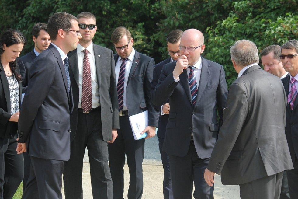 Premiér Bohuslav Sobotka v Čechách pod Kosířem
