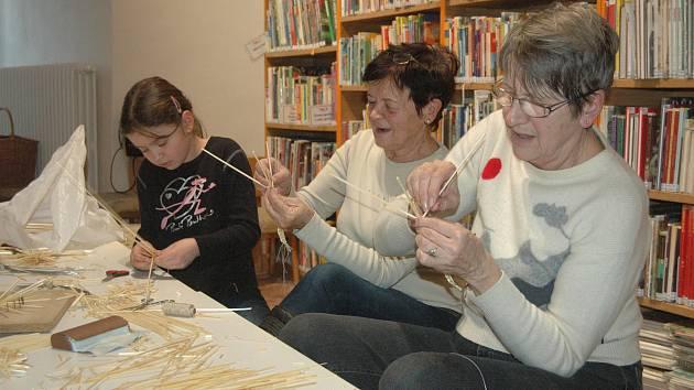 Slámový den v Dětské knihovně v Prostějově
