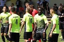 Fotbalisté Prostějova (v zeleném). Ilustrační foto