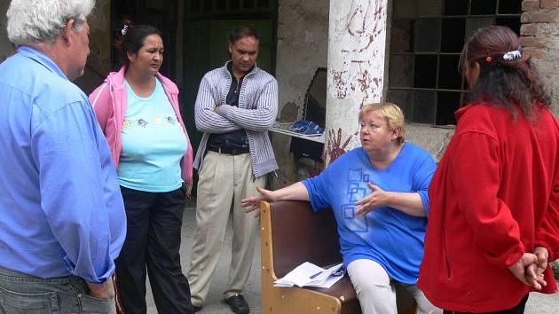 Romská koordinátorka Renáta Köttnerová pro rodinu potěšující zprávy neměla.