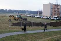 Stavba nových garáží u sídliště Hloučela v Prostějově