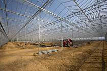 Výstavba unikátního skleníku ve Smržicích na Prostějovsku.