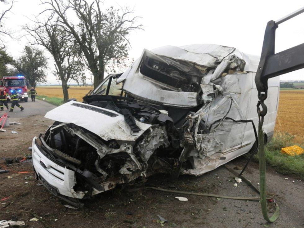 Tragická nehoda mladého řidiče dodávky u Seloutek, 4.8. 2021