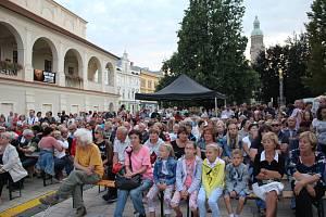 Operní večer na náměstí TGM v Prostějově