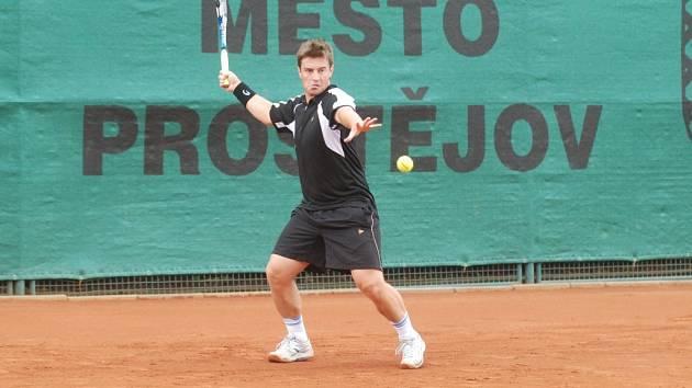 Michal Tabara získal proti Řeku Economidisovi rozhodující bod k výsledku 5:1.