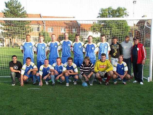 Určice A - Týmové foto 2010/2011