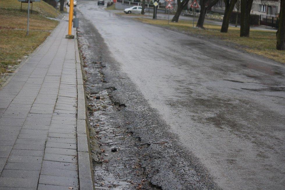 Špatná kvalita silnic na Konicku
