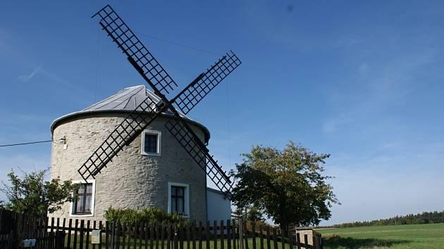 6. Ve které obci můžete objevit tento krásný větrný mlýn?