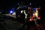 Požár autodílny ve Štetovicích