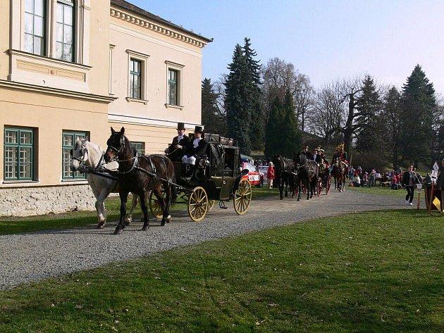Otevírání sezóny na zámku v Čechách pod Kosířem