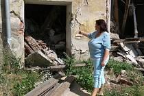 Helena Kočí má obavy, že se její rodina ocitne na ulici. Bývalý cukrovar v Čelechovicích na Hané, v jehož areálu žije, se hroutí