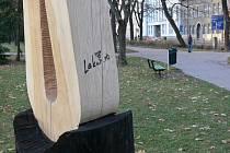 Sochy jsou často terčem vandalů.